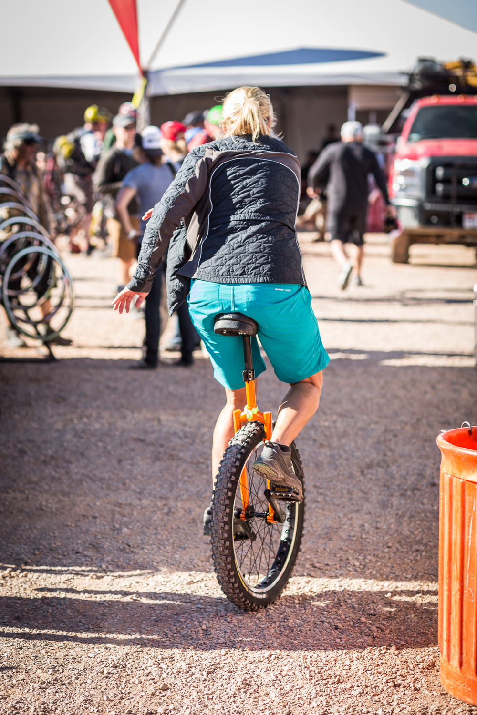 20131005-OB-157_unicyclist.jpg