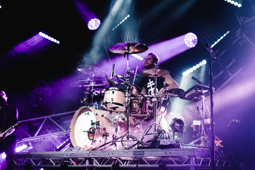 Rian Dawson, All Time Low - photo by Kayla J Pennell