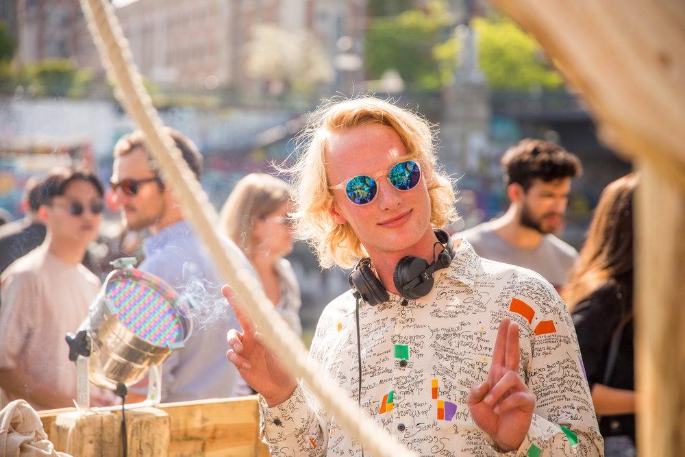 bloom party event app spontan openair berlin wien wiener frühling techno -11.jpg