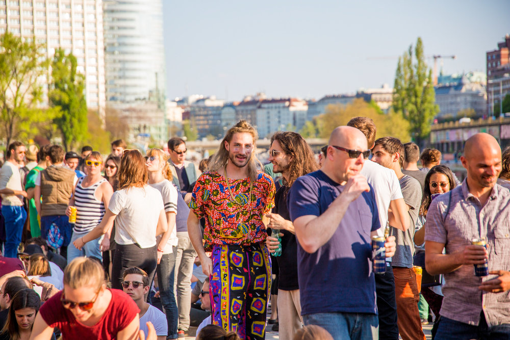 bloom party event app spontan openair berlin wien wiener frühling techno -25.jpg