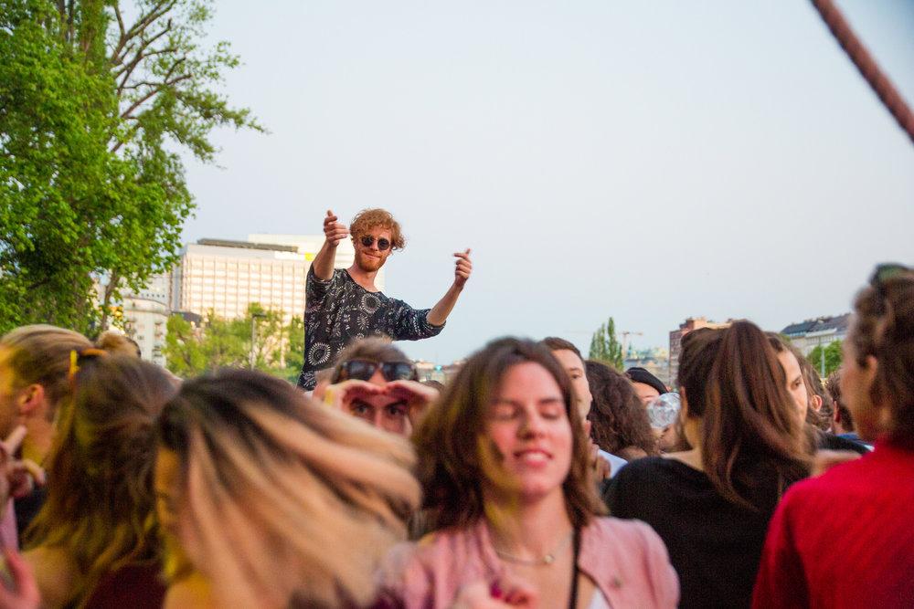 bloom party event app spontan openair berlin wien wiener frühling techno -43.jpg
