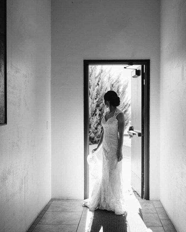 Boring hallways get more interesting when toy open a door! . . . . . .  #weddingphotographer #arizonaweddingphotographer  #bride #arizonawedding #arizonaweddingphotography #azweddings #phoenixweddings #azweddingphotography #gilbertazweddingphotography #phoenixphotographer #theknot #weddingwire #azweddings #arizonabride #weddinginspiration #solovely #love #realweddings