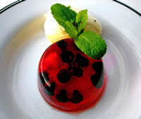 Perry jelly with elderflower ice cream