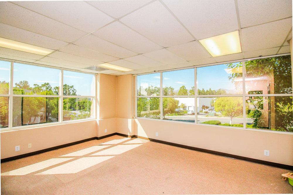 Upstairs Office IMG_1096-2.jpg