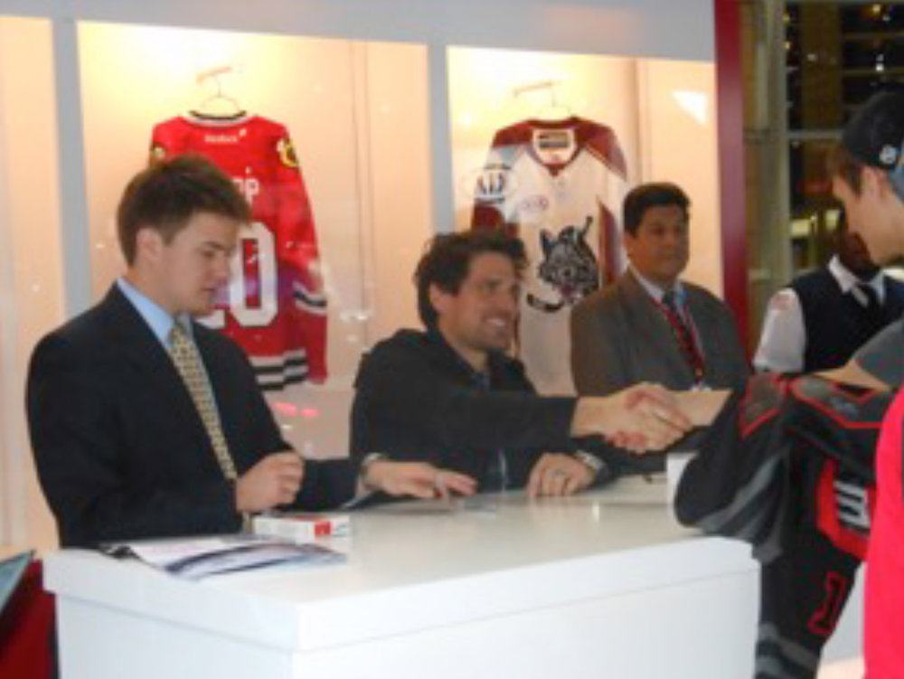 Kia_AUTO_SHOW_SPONSORSHIP_BOOTH_2_ON_DECK_CS.jpg