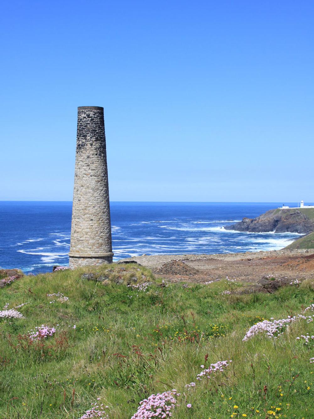 chimneys at levant (3).JPG