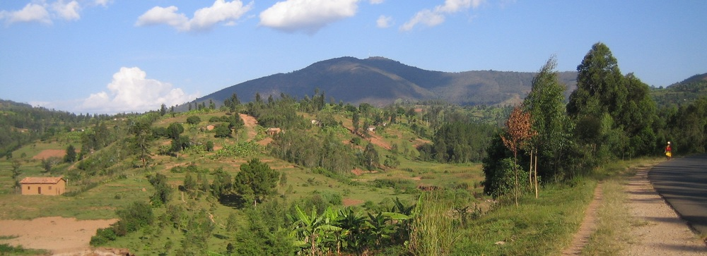 Mount Huye , near Butare [Photo by Amakuru]