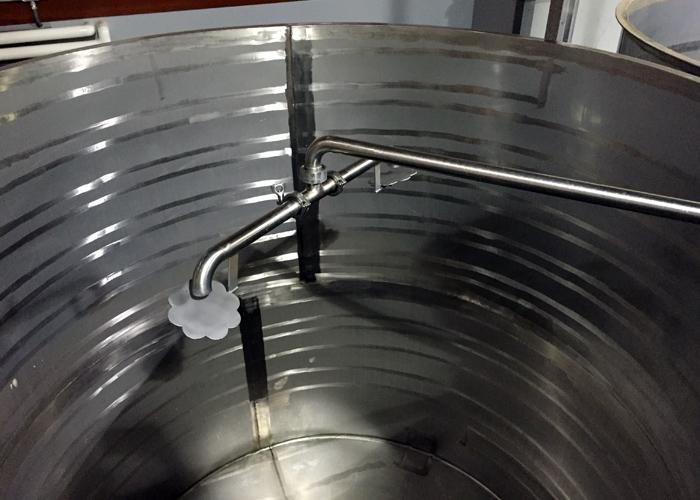 RSV sprinkler system for softer pump overs
