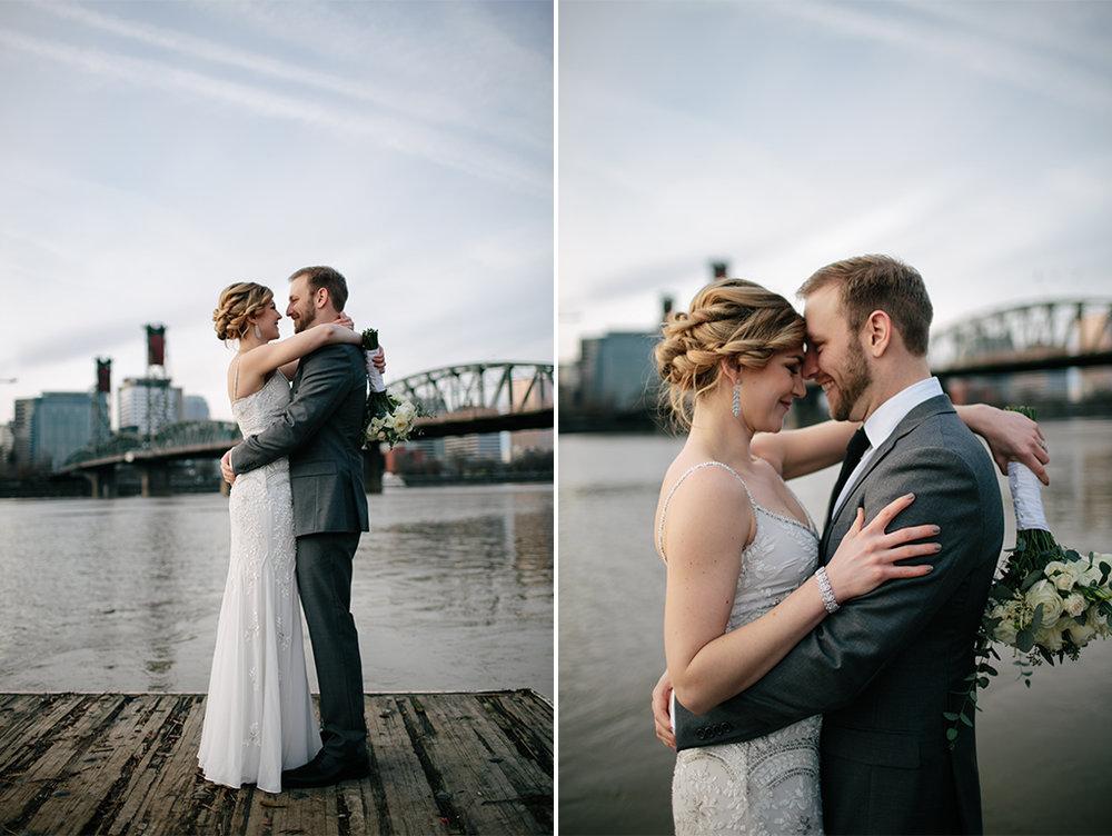 PortlandWeddingPhotographer_NewYearsEve_0008_PorlandWeddingPhotographer.LeftBankAnnex-37.jpg