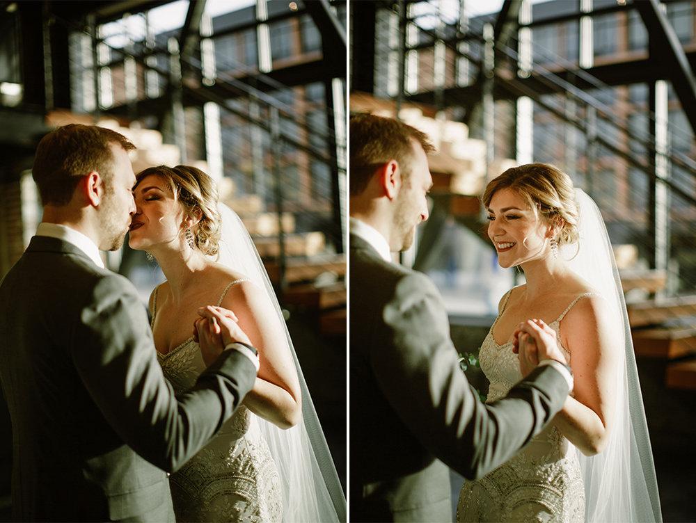 PortlandWeddingPhotographer_NewYearsEve_0011_PorlandWeddingPhotographer.LeftBankAnnex-19.jpg