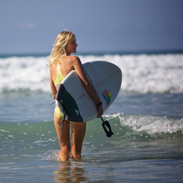 HILLARY HARRISON   Peaks and Swells Surf Camp   http://www.surfcamppeaksnswells.com/