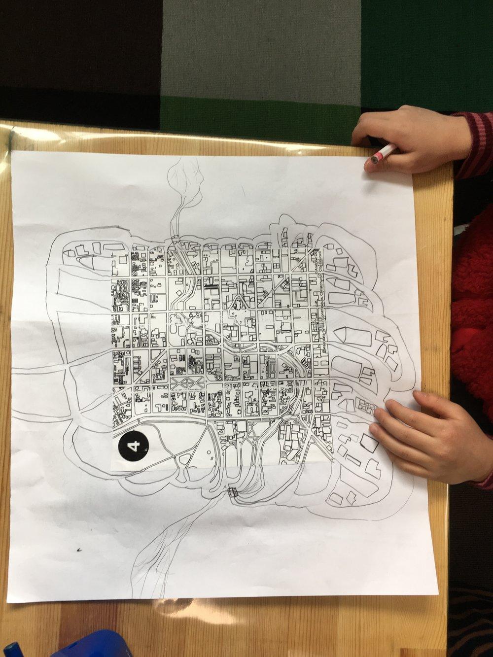 地図が児童の観察をサポートします