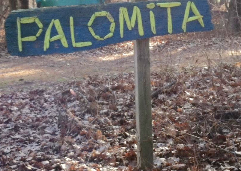 Palomita sign beckons