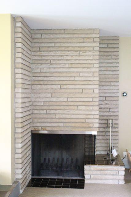 565 Comstock LR Fireplace.jpg