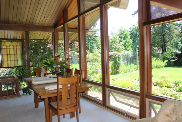 LL Greenhouse Like Dining Room.jpg