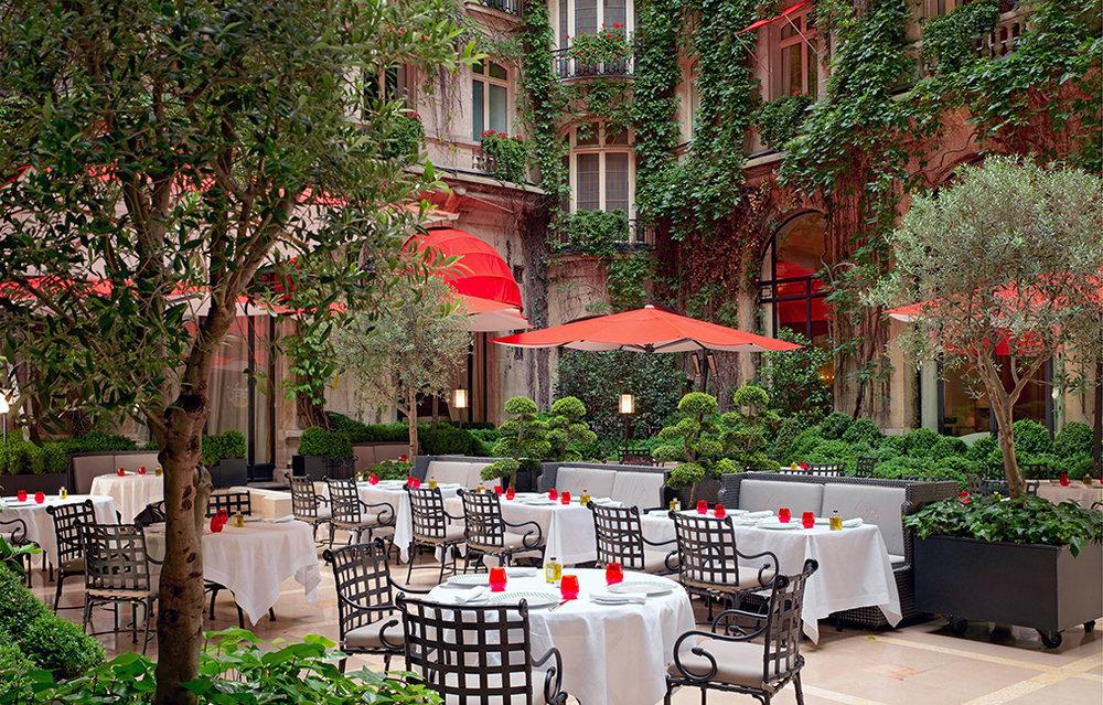 Well Travelled Bride Honeymoon Guide Paris La Cour Jardin