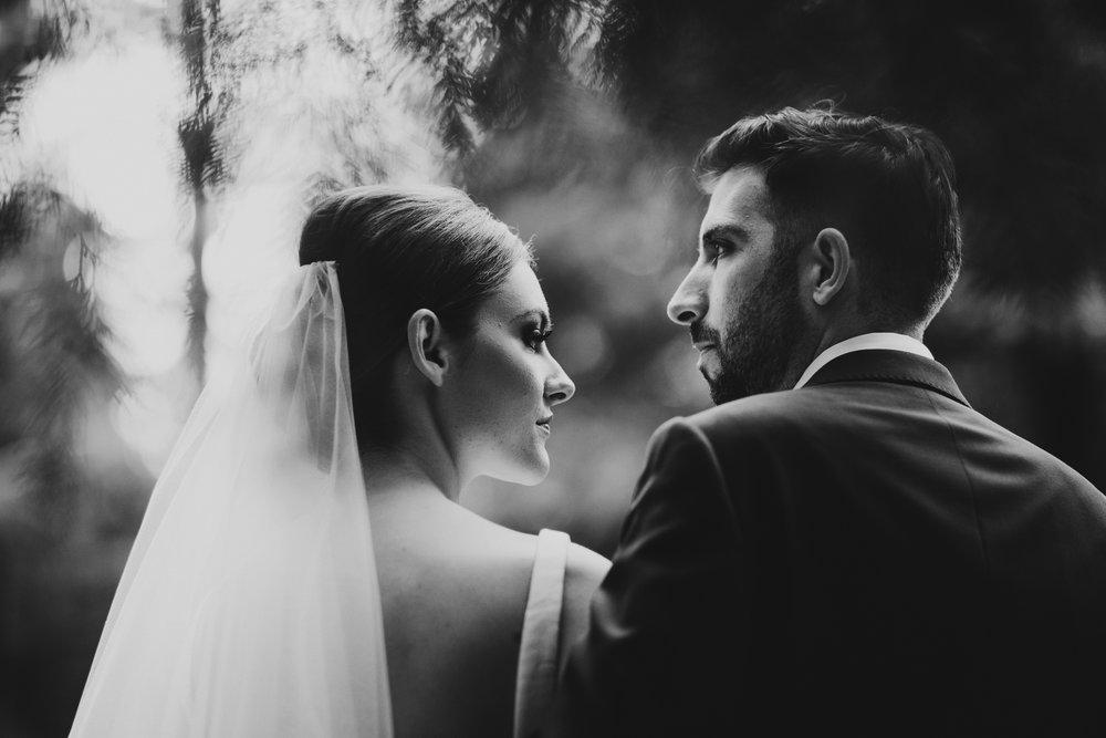 Well Travelled Bride Sambajoy Destination Wedding Photographers