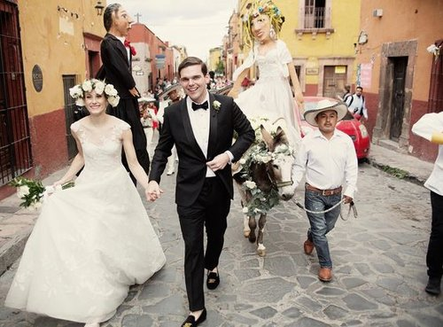 Well travelled bride our all time favourite vogue weddings vogueweddingmexico junglespirit Gallery