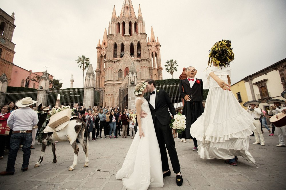 Well Travelled Bride Georgie Hambright and Bradley Tipper Mexico Wedding