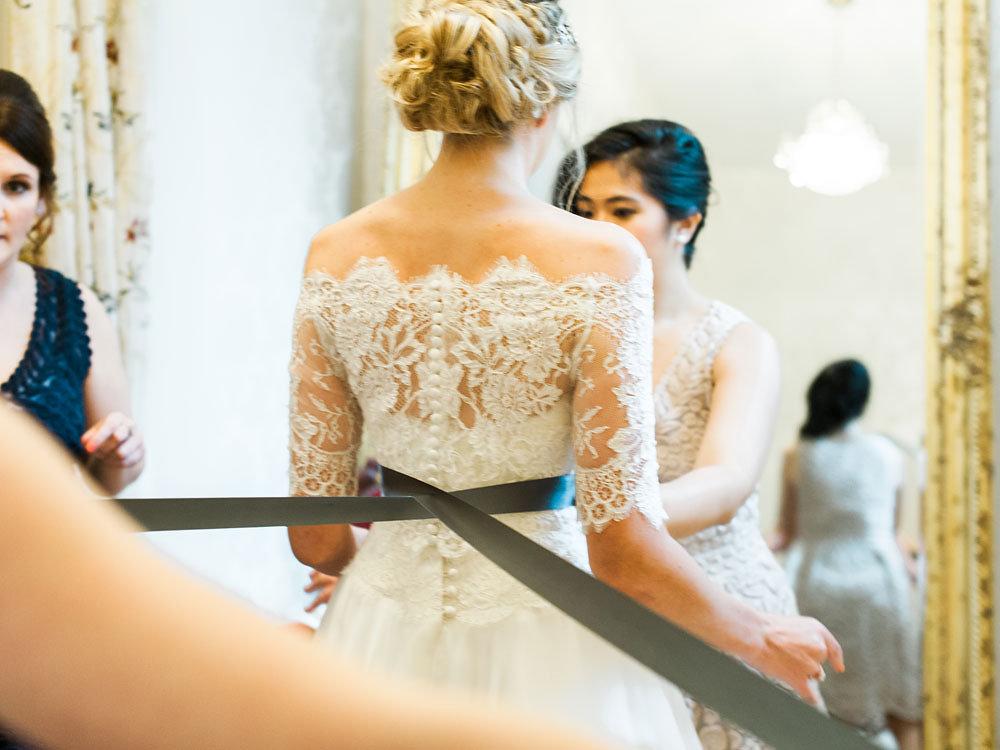 Well Travelled Bride Scottish Highlands Wedding Gown