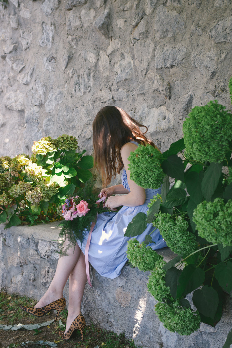 Well Travelled Bride Amalfi Elopement Kelsey Genna Wedding Flowers.jpg