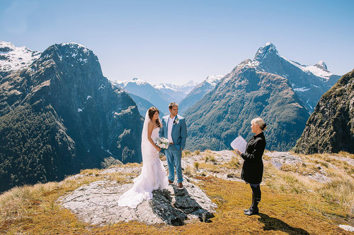 Well+Travelled+Bride+Wanaka+Marriage+Wedding+Celebrant+Live+Love+Wed (2).jpeg