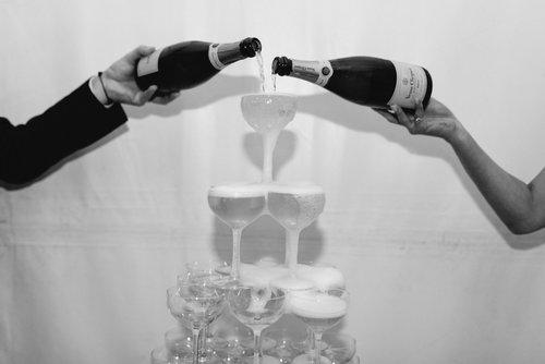 Well+Travelled+Bride+Wedding+Photographer+Lake+Wanaka+Micimage (2).jpg