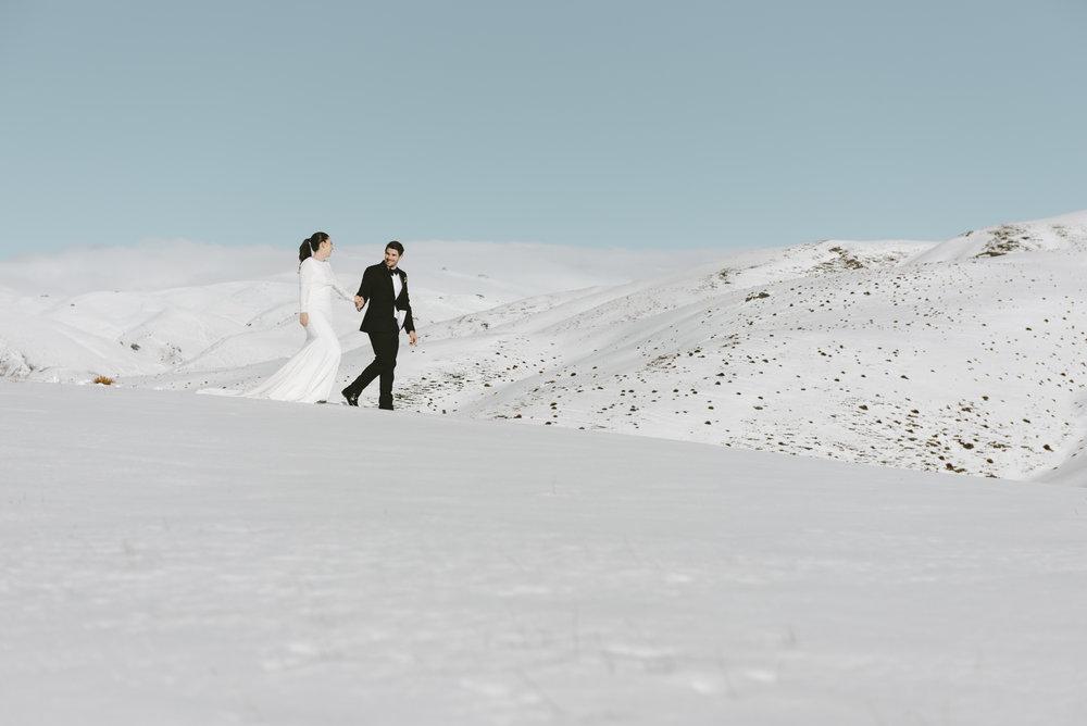 Well+Travelled+Bride+Micimage+Wanaka+Wedding+Photographer+(4).jpg