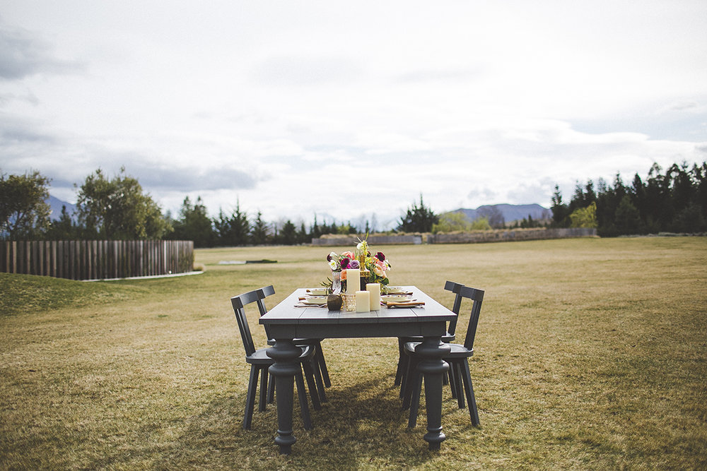 Well+Travelled+Bride+Lake+Wanaka+Wedding+Venue+Horseshoe+Bend+Estate.jpg