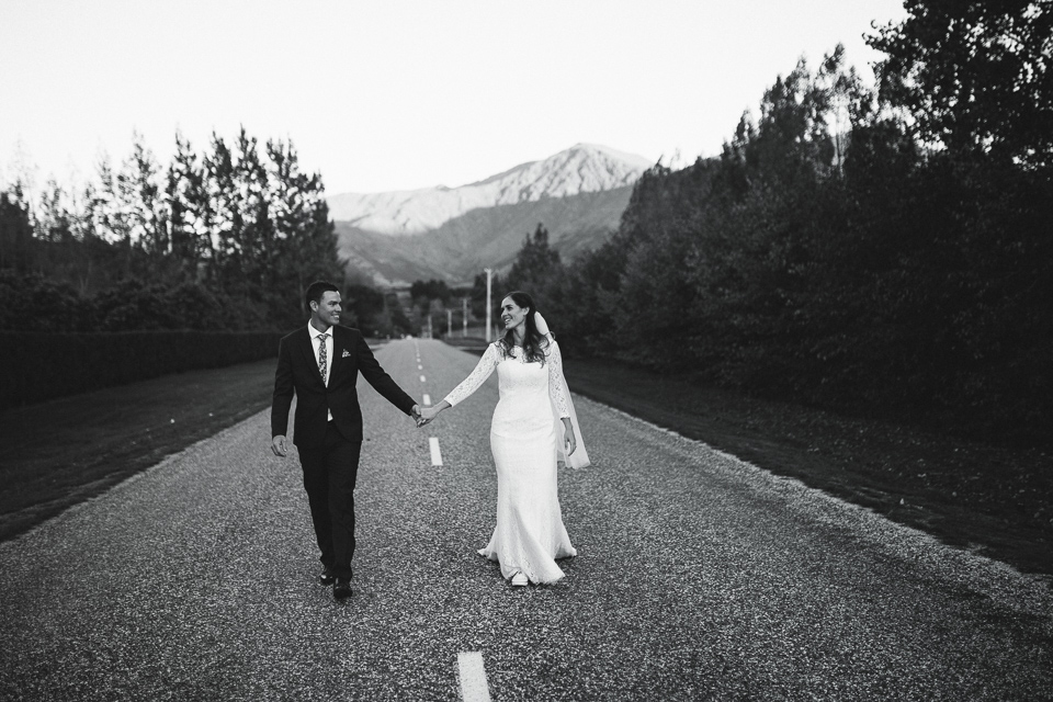 Well+Travelled+Bride+Destination+Videographer+Photographer+Wanaka+Queenstown+Holly+Wallace.jpeg
