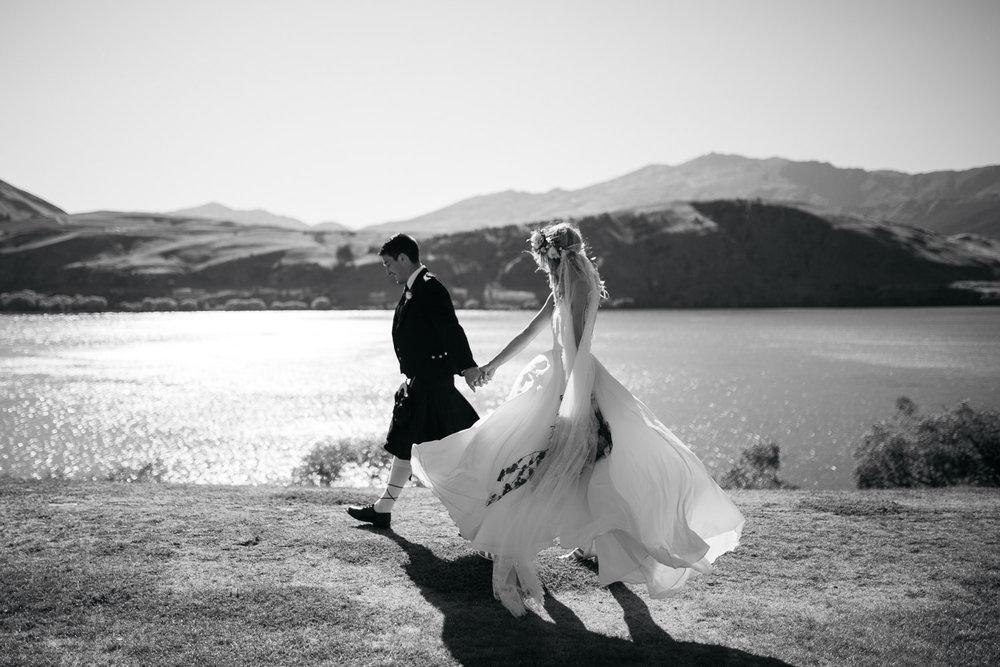 Well+Travelled+Bride+Destination+Videographer+Photographer+Wanaka+Queenstown+Holly+Wallace (3).jpeg