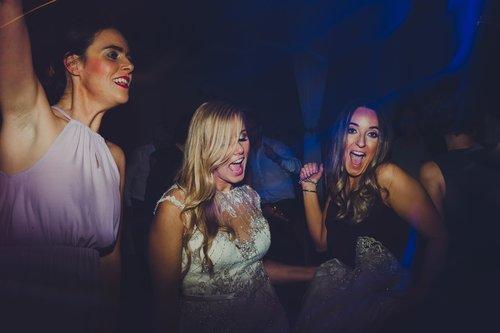 Well+Travelled+Bride+Wellington+Wedding+Music+Dj+Lighting+Hype+Entertainment (1).jpeg