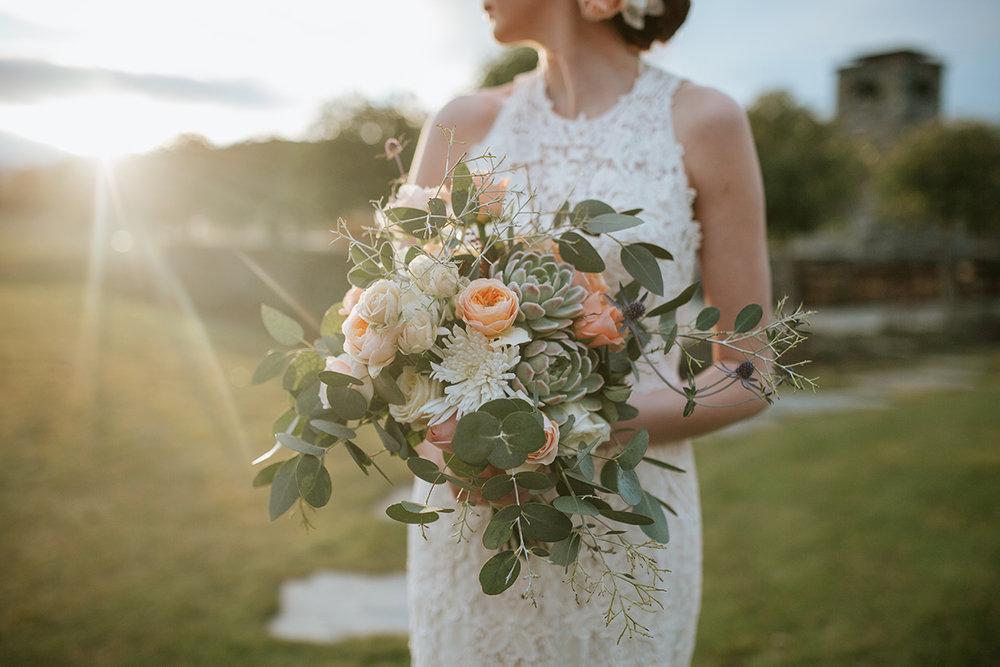 Well+Travelled+Bride+Destination+Florist+Stylist+Wanaka+Wedding+Flowers.jpeg