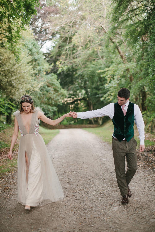 4 Well Travelled Bride Scottish Highlands Destination Wedding Venue Achnagairn Estate.jpg