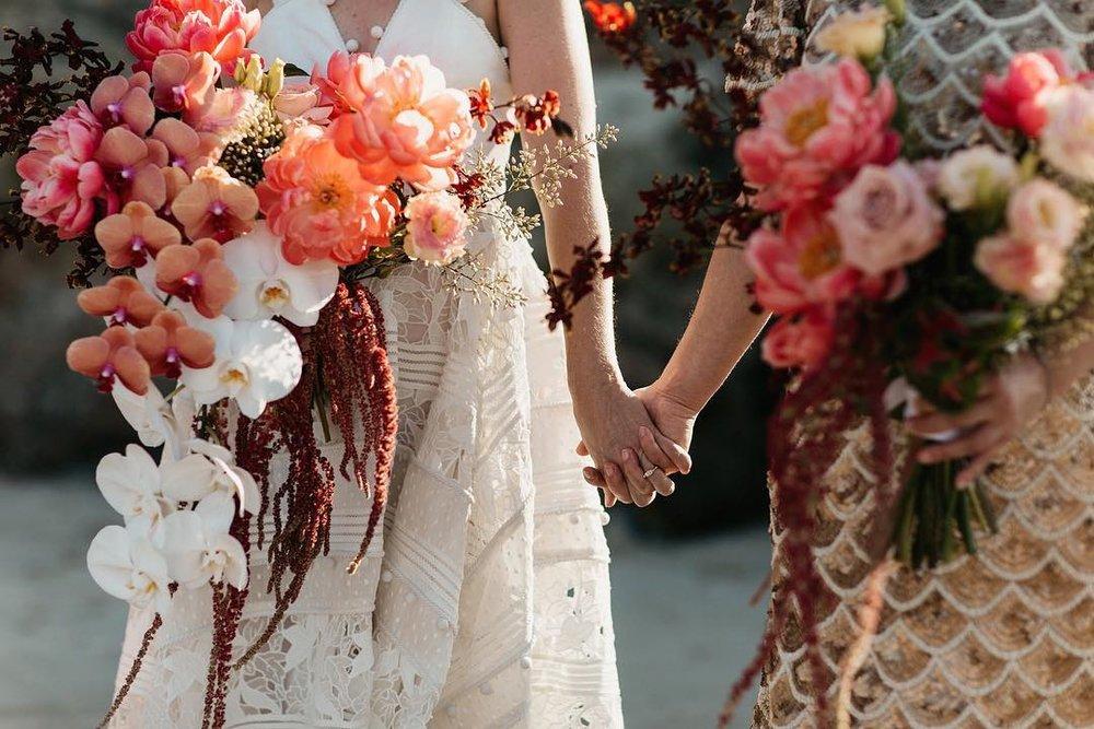 1 Well Travelled Bride Byron Bay Wedding Florist Wilderness Flowers.jpg