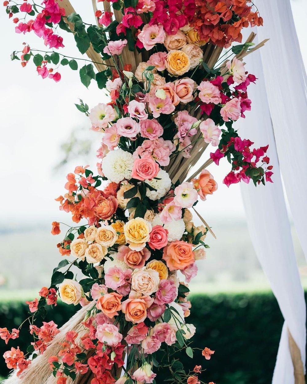 2 Well Travelled Bride Byron Bay Wedding Florist Wilderness Flowers.jpg