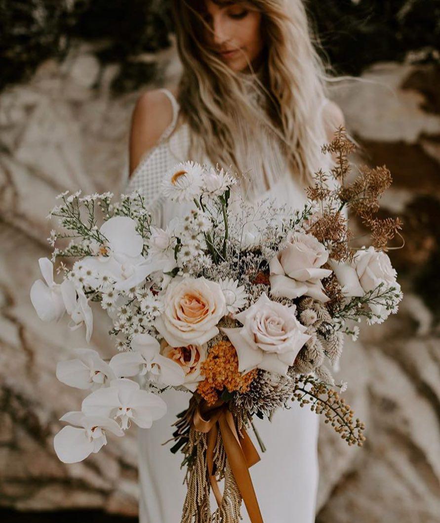 4 Well Travelled Bride Byron Bay Wedding Florist Wilderness Flowers.jpg