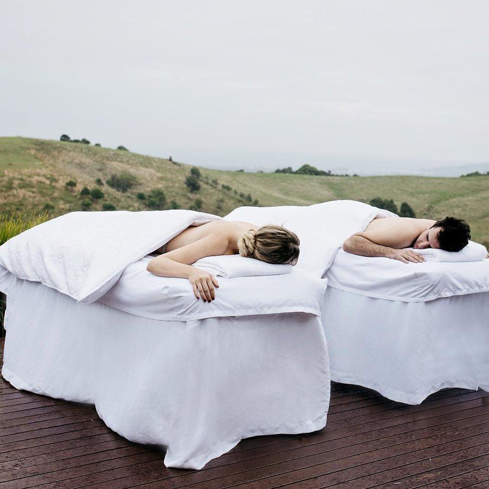 2 Well Travelled Bride Byron Bay Honeymoon Couples Massage Aleisha Marie.jpg