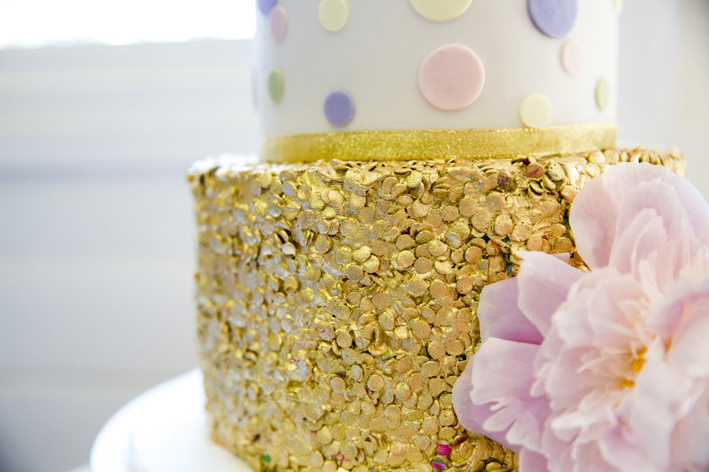 3 Well Travelled Bride Byron Bay Rebellyous Cake Co.jpg
