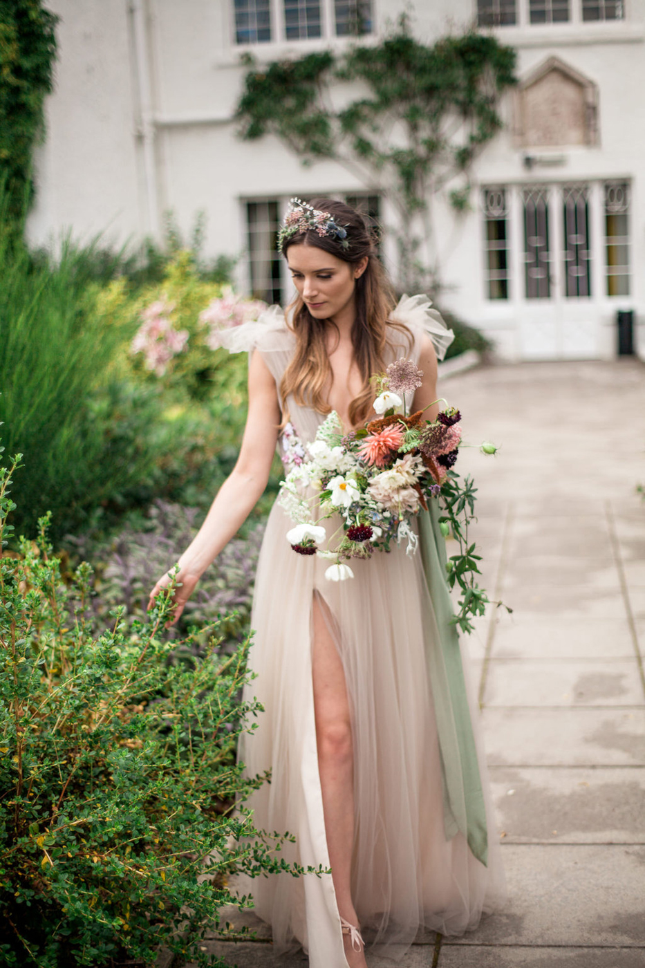 Timeless Arrangements with Scottish Flair - How lucky for our Scottish Highland brides that the country's most sought after florist resides in Edinburgh, just a few short hours away from the castles and the rolling green hills of the highlands. Fiona of Pyrus Botanicals has drawn from the rich heritage of the landscape around her to reinterpret floral design. Her arrangements are organic and wild, highlighting fresh, vibrant blooms and adding an air of timeless romance to any special day.Visit WebsiteScottish Highlands, United KingdomEmail: studio@pyrusbotanicals.com