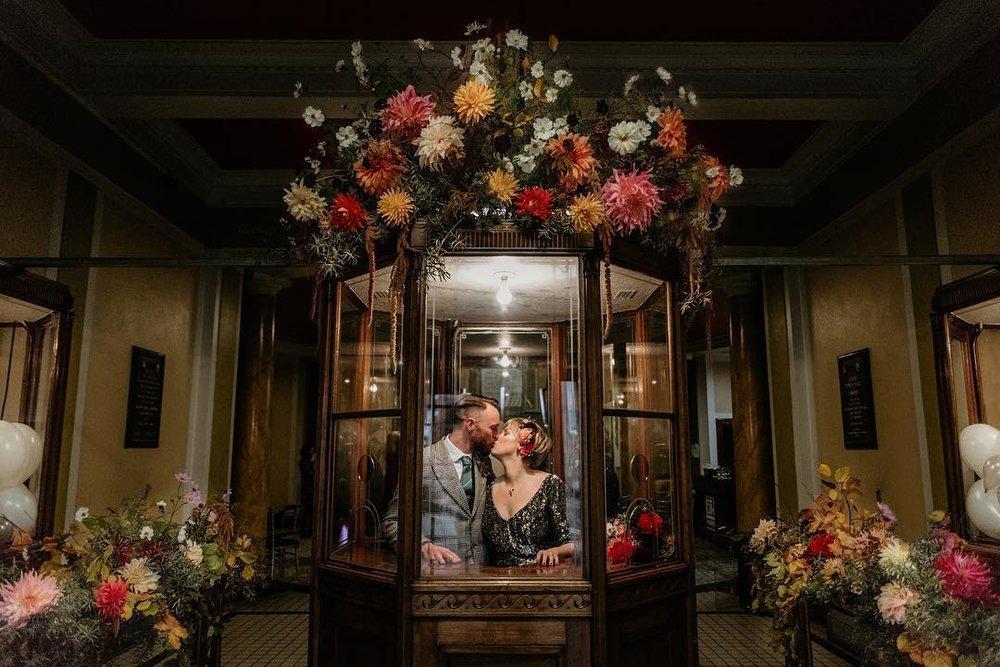 2 Well Travelled Bride Pyrus Botanicals Scottish Highlands destination Wedding florist.jpg