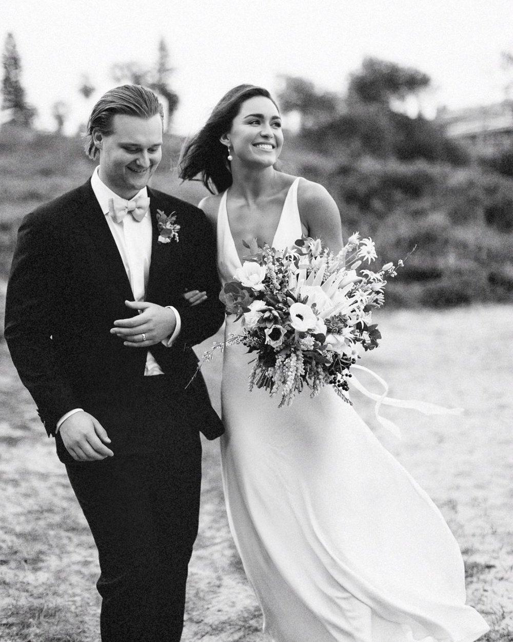 Well Travelled Bride Destination Wedding Photographer Fine Art Beer Dear Fox .jpg