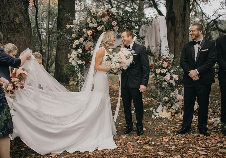 Well Travelled Bride Destination Wedding Photographer Fine Art Beer Dear Fox  4.jpg