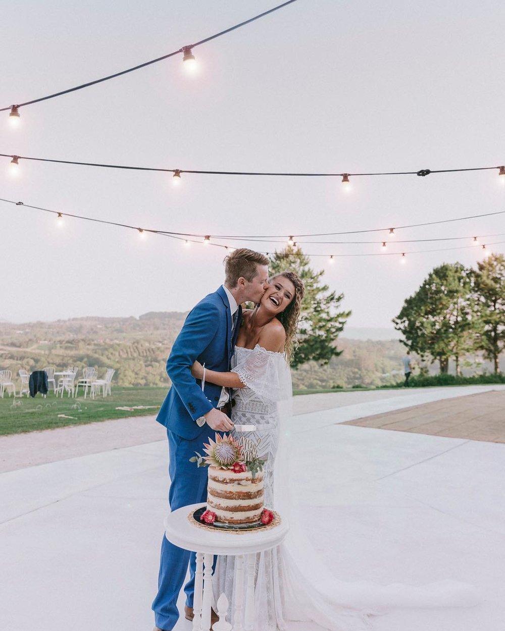 2 Well Travelled Bride Summergrove Estate Wedding Venue Byron Bay.jpg