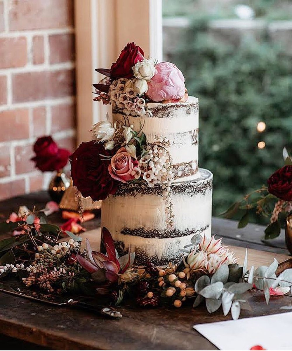 3 Well Travelled Bride Millies of Newrybar Wedding Cakes Byron Bay.jpg