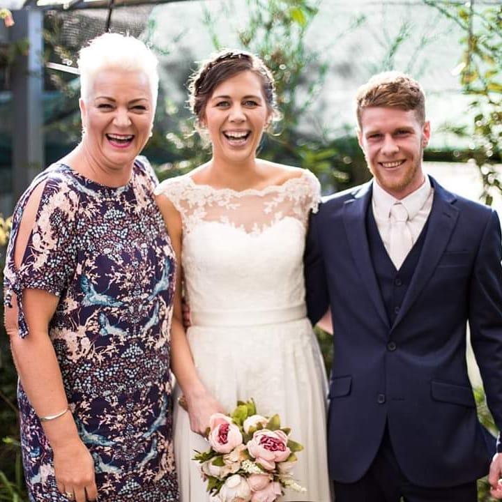 1 Well Travelled Bride Sharyn Payne Wedding Celebrant Wanaka.jpg
