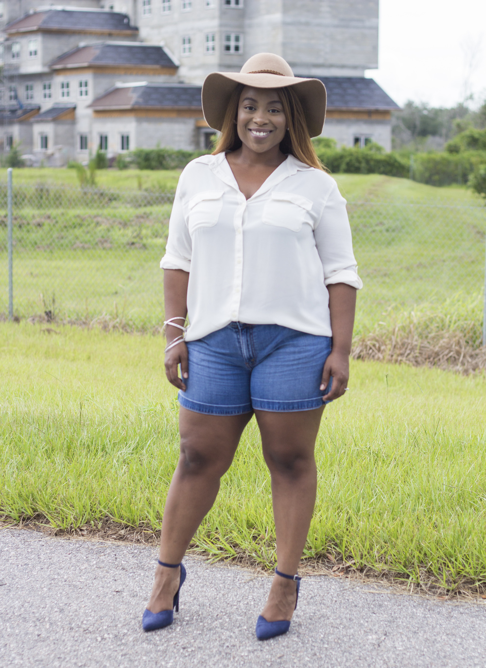 Hat: Aldo Shoes Blouse: Thrifted (Ann Taylor Loft) Jeans Shorts: Thrifted Pumps: Forever21