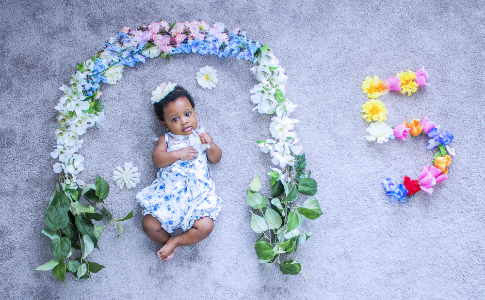 Gisele's 5 month photoshoot. We do these every month!