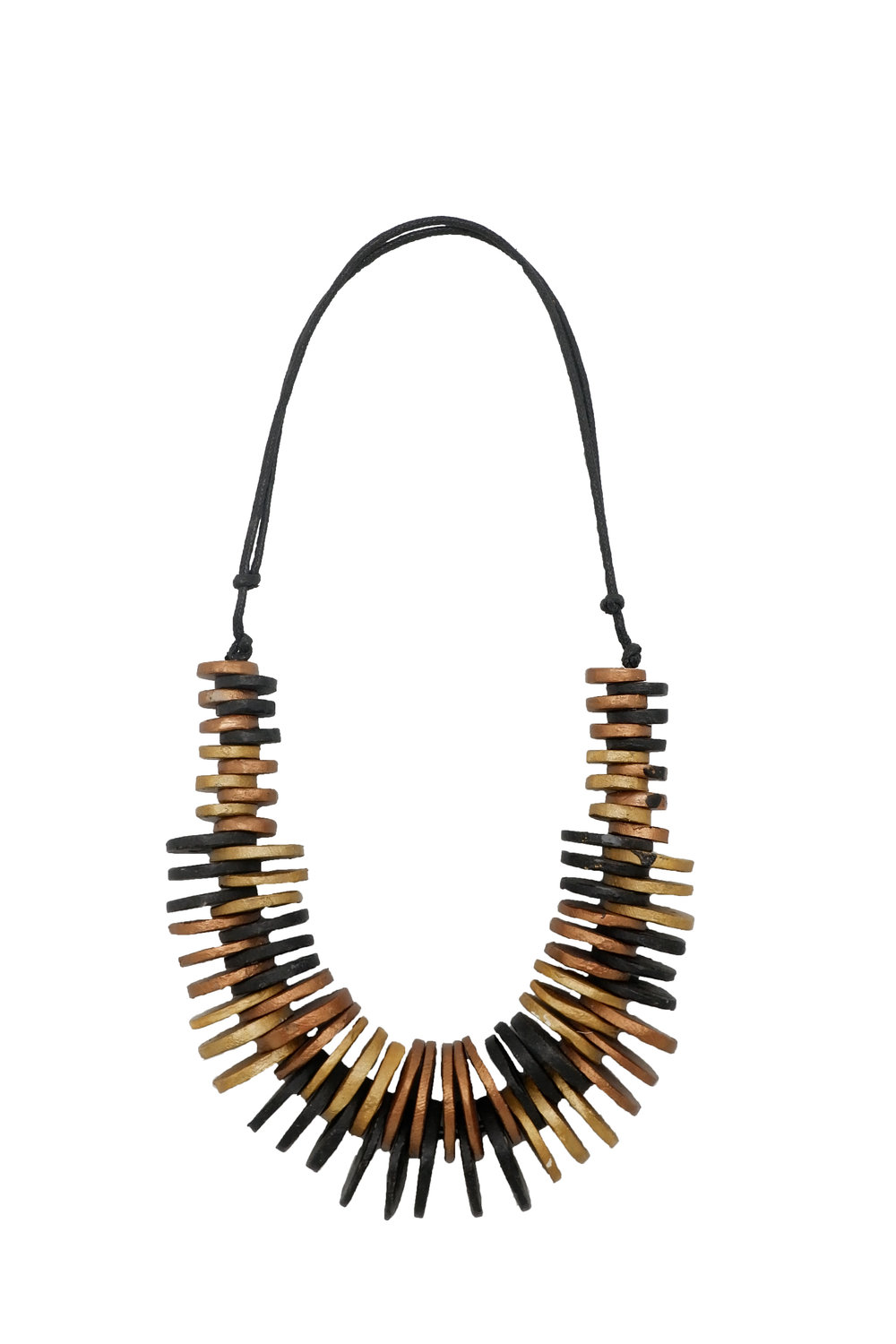 Floreia's necklace collection is a varied and vibrant selection of exceptionally designed pieces adorned with the brand's renowned handmade necklaces.