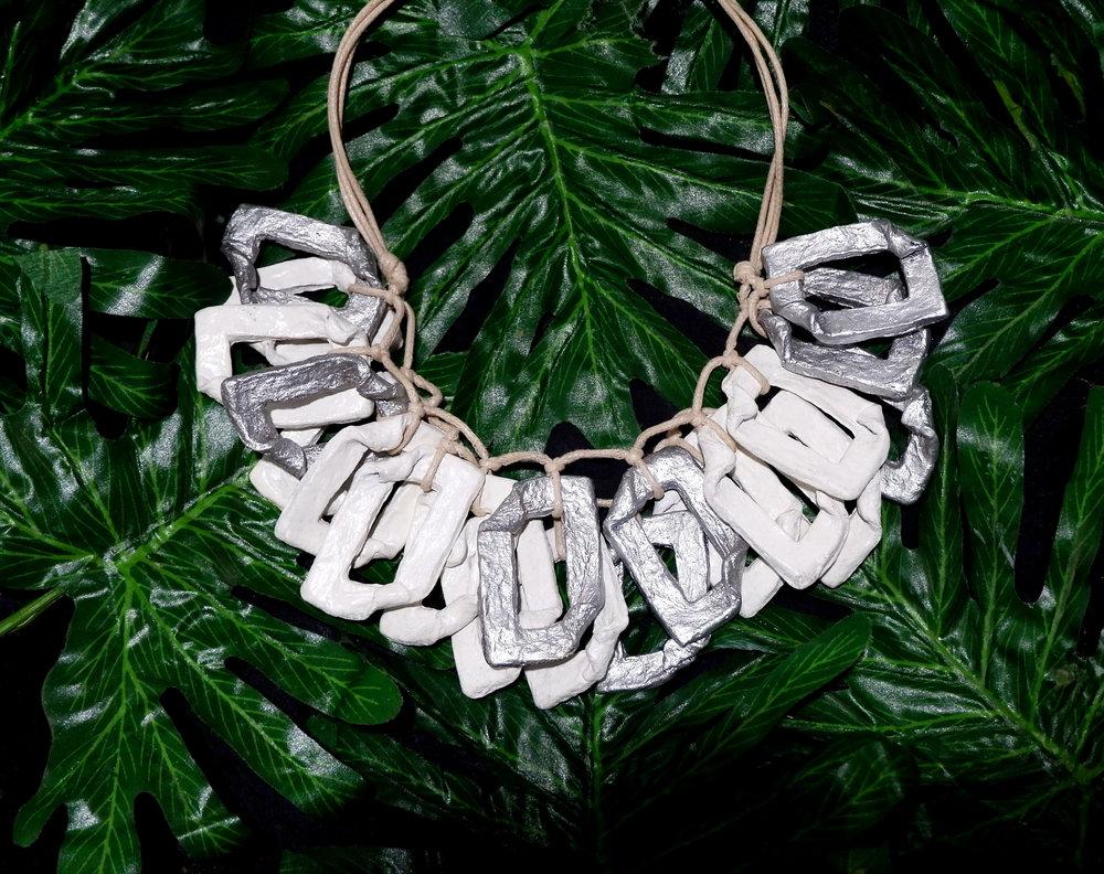 Floreia necklace